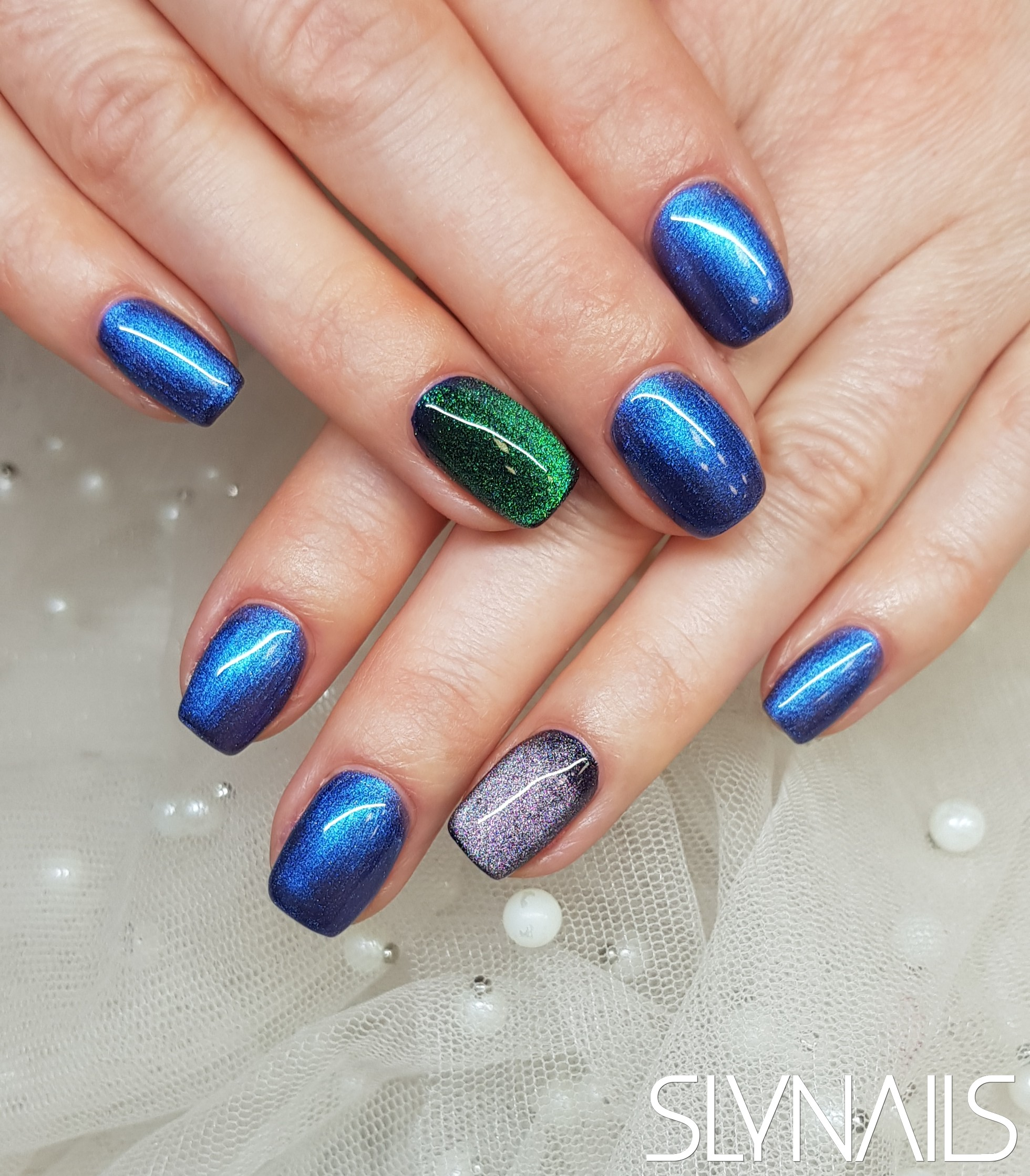 Gel-lac (gel polish), Blue, Purple, Green, Magnetic, One color, Square
