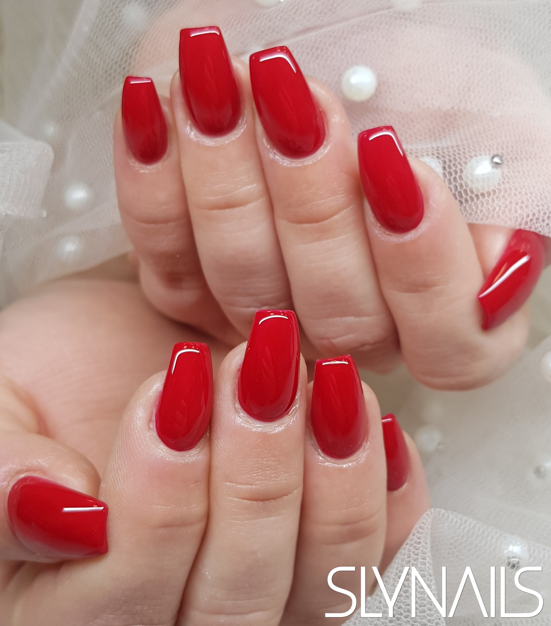 Nail extension, Narrowed cube, Red, One color, Without decoration