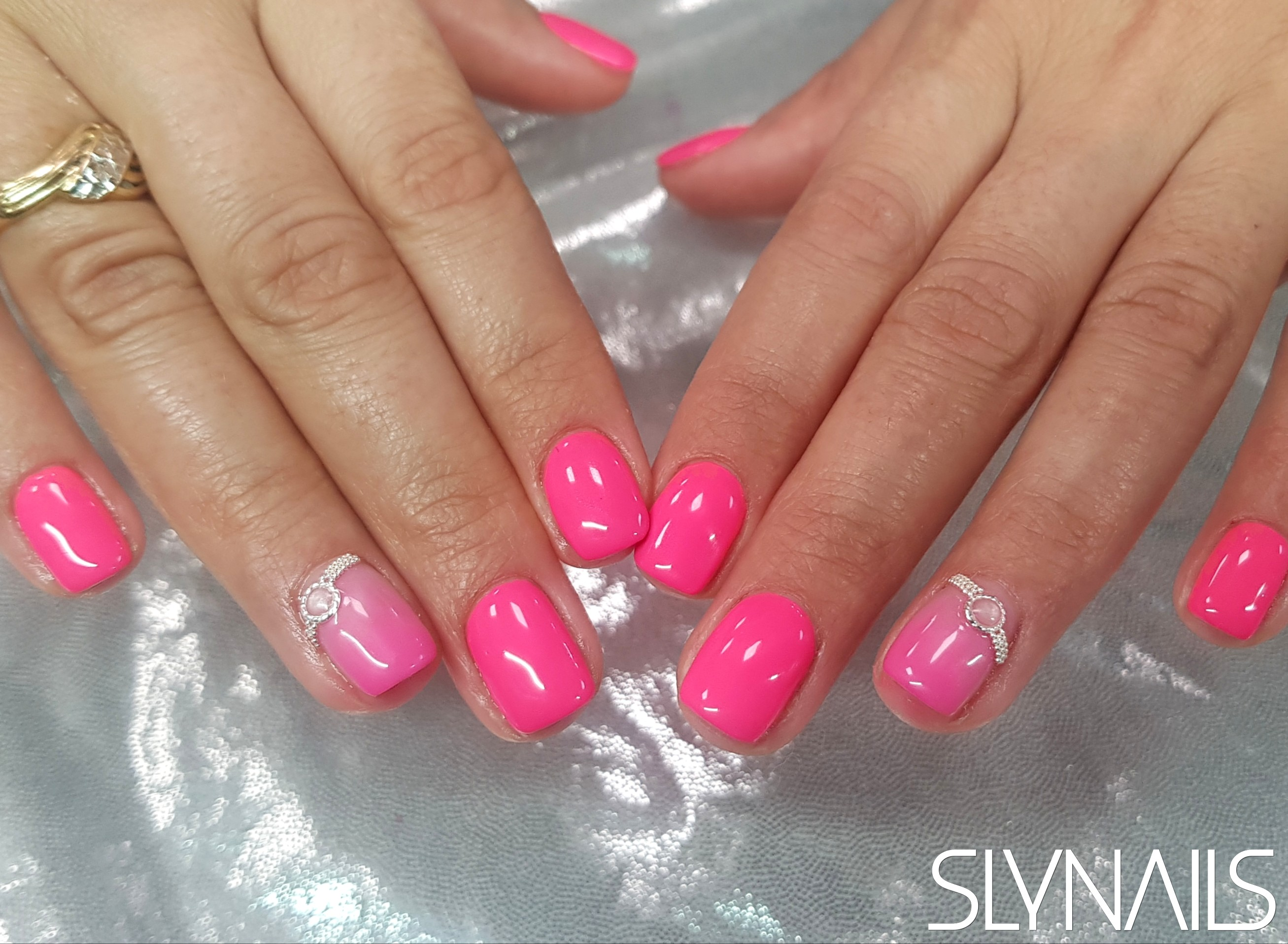 Gel-lac (gel polish), Pink, Neon, Square, Metal Decoration, One color