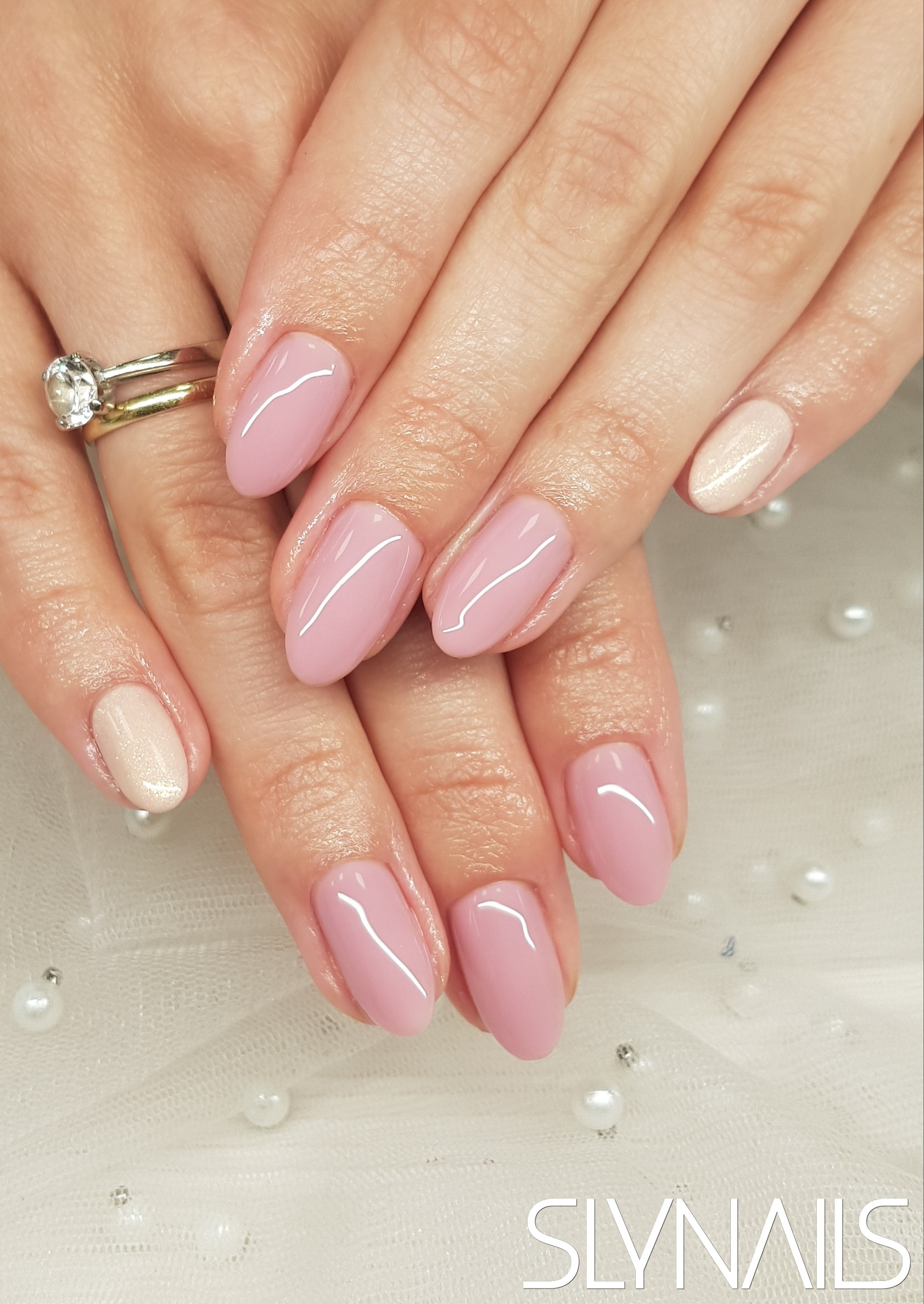 Gel-lac (gel polish), Nude, One color, Almond