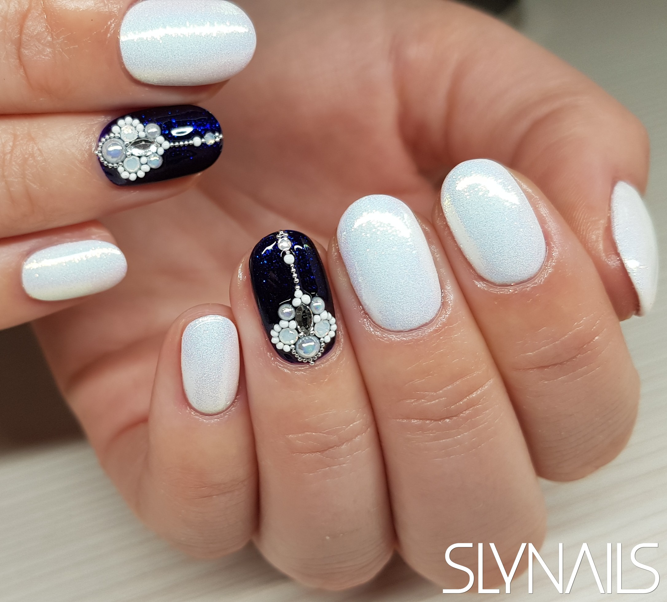 Gel-lac on toes, White, Blue, One color, Rounded, Swarovski, Swarovski shapestrass, Mermaid