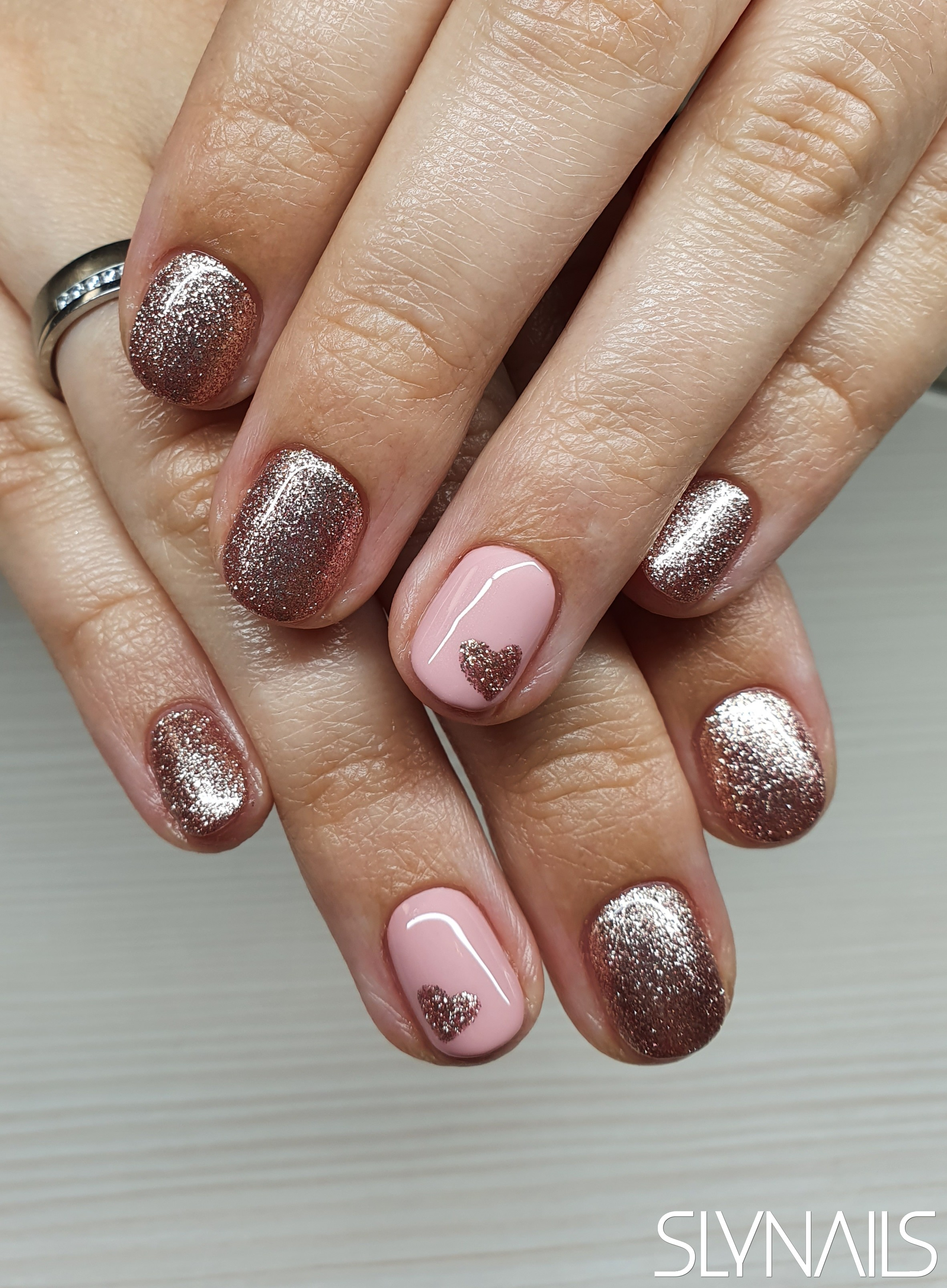 Gel-lac (gel polish), Bronze, Pink, Art gel decorations, One color, Rounded, Valentine's Day